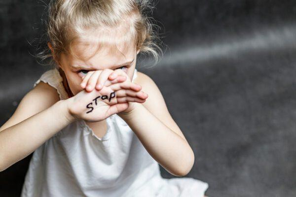 çocuk şiddet