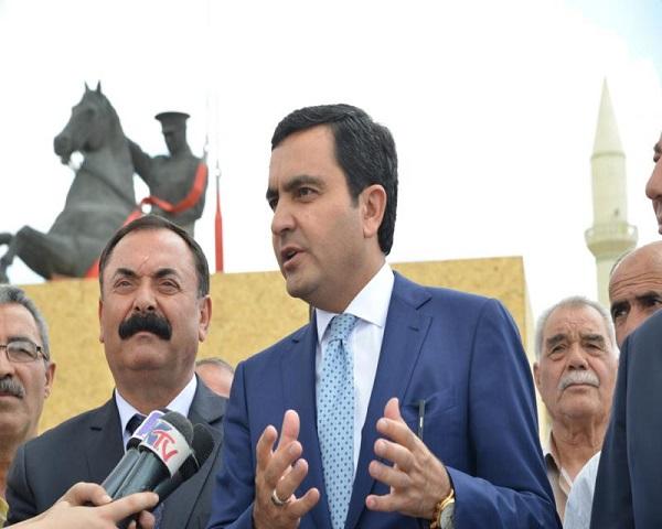 Atatürk Heykeli Yeni Yerinde