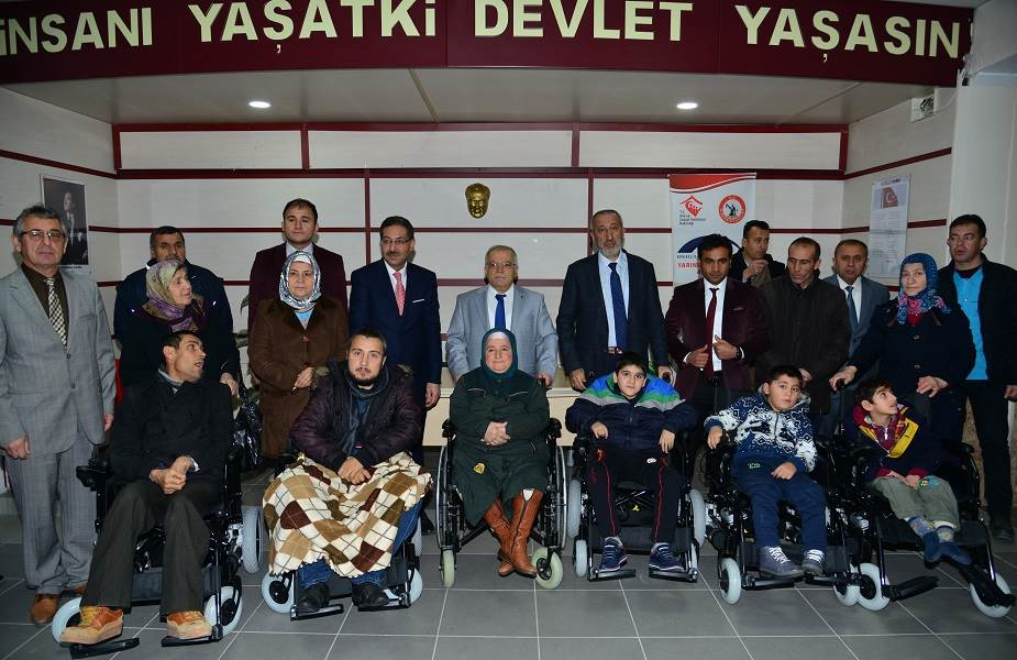 Valimiz, Engelli Vatandaşlarımızı Sevindirdi