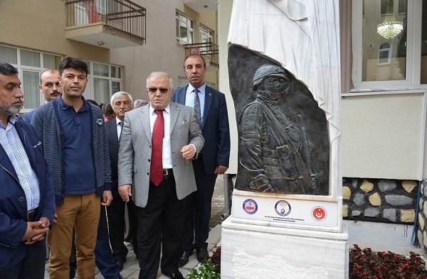 Şehitlik Anıtı Açıldı
